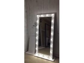 Выполненная работа: гримерное зеркало с подсветкой и подставкой 180х80 см (г. Салехард)